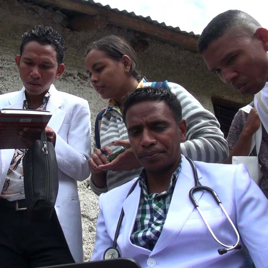 doctors in T-L-Mountain-village2