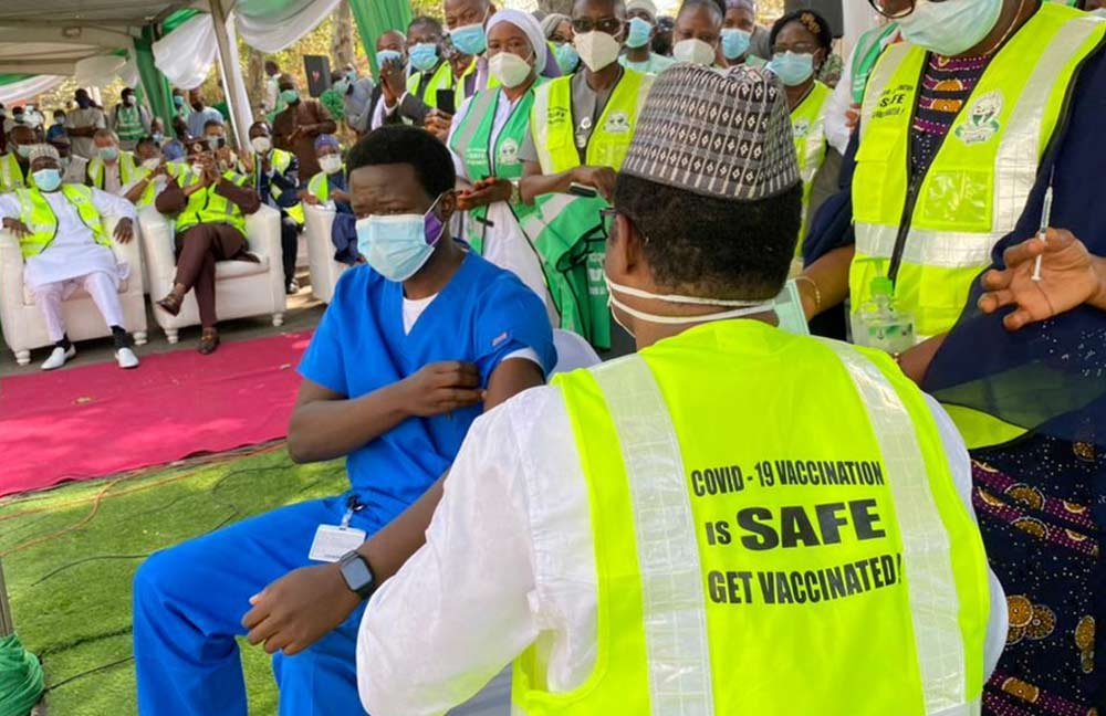 COVID-19 Vaccine: FG Directs States To Suspend Exercise Half Way