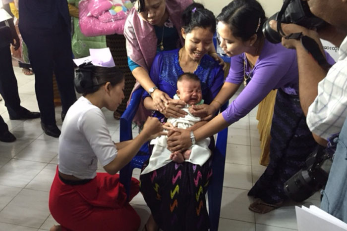 An estimated 16% of under-five deaths in Myanmar are caused by pneumonia. The pneumococcal vaccine, which will benefit close to 1 million Myanmar children every year, will significantly contribute to reducing child mortality in the country.
