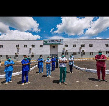 Doctors and nurses at the Ogun State COVID-19 Isolation Centre. Photo Source: NCDC