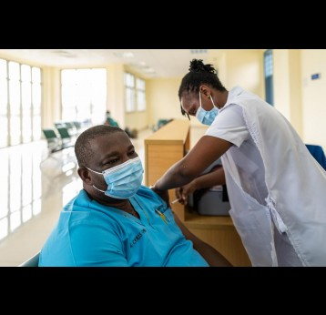 Emerging lessons from Africa's COVID-19 vaccine rollout