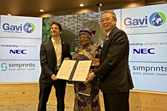 Toby Norman, Simprints CEO, Dr Ngozi Okonjo-Iweala, Gavi Board Chair, and Nobuhiro Endo, NEC Chairman of the Board.