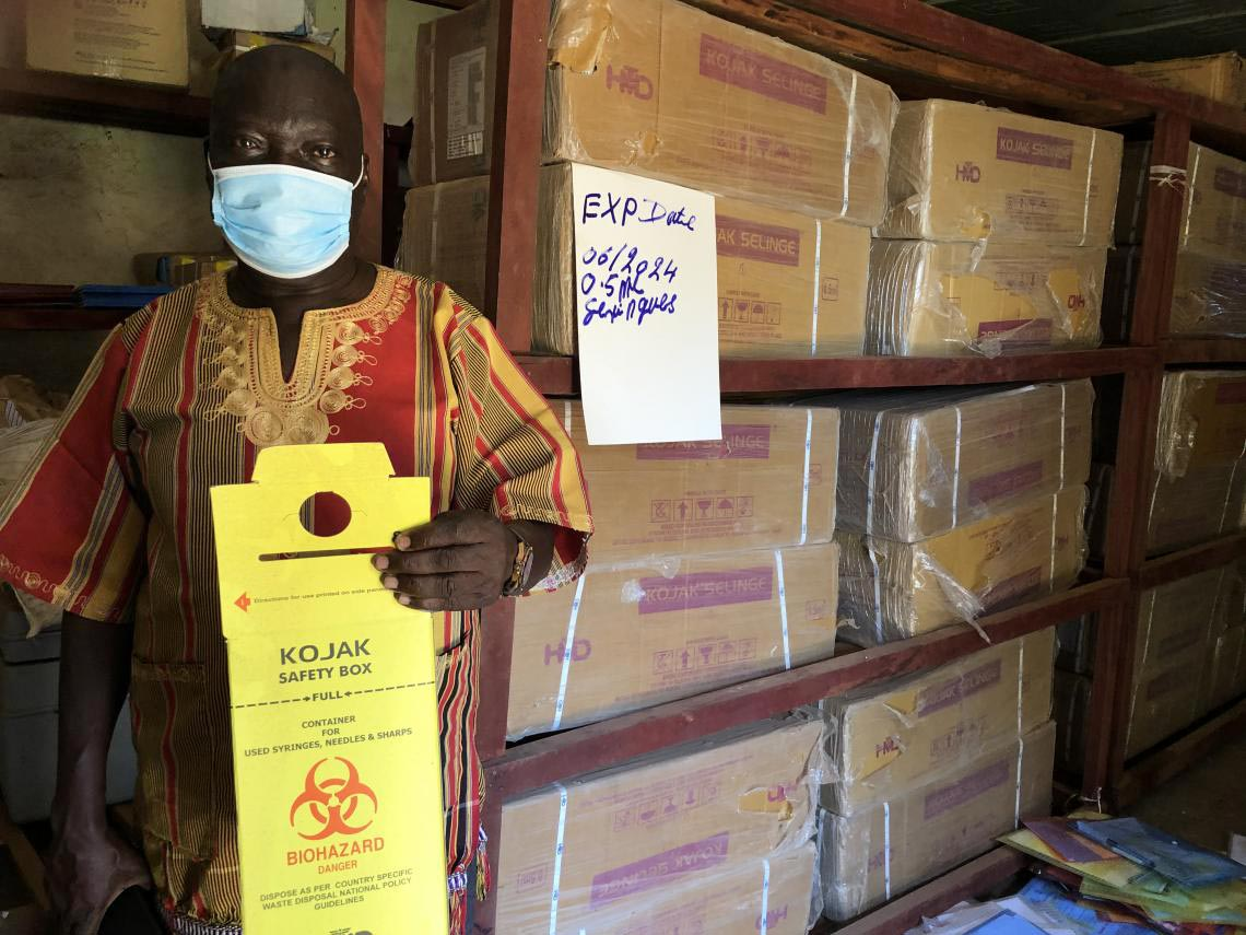 UNICEFSouthSudan/Willemot Evans Ariko Shawish is the Expanded Programme for Immunization (EPI) manager for the Ministry of Health of West Equatoria State, at the central cold chain storage in Yambio, the State's capital Yambio. For a successful vaccination campaign against COVID-19, the State will need vaccines, but also synergies and safety boxes to manage the used syringes.